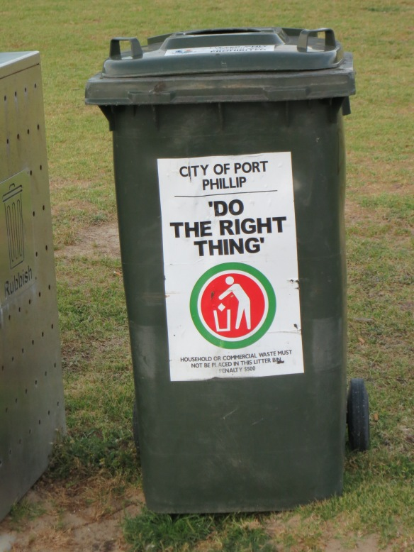 Trash can in Melbourne