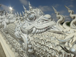 Snakelike dragons are also traditional on the stairs leading up to temples in Thailand