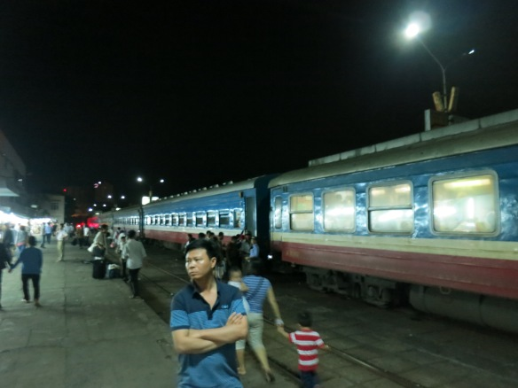 hue to hanoi train