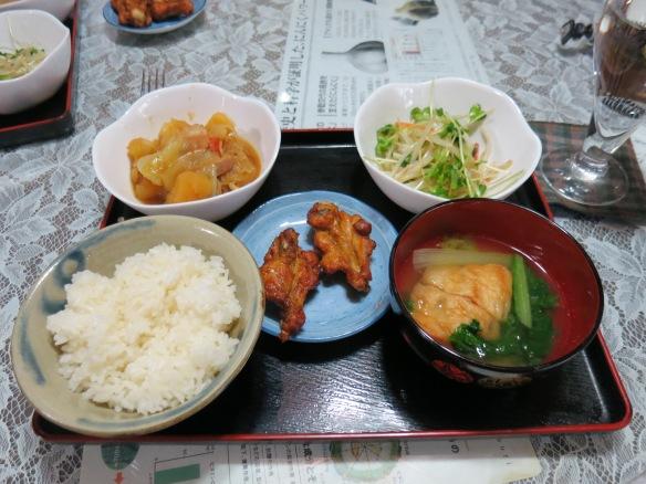 Niku jaga, kara age (fried chicken), miso shiru