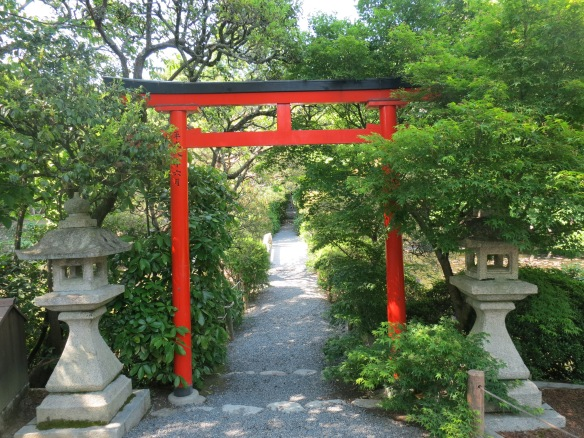 I love the temple gates