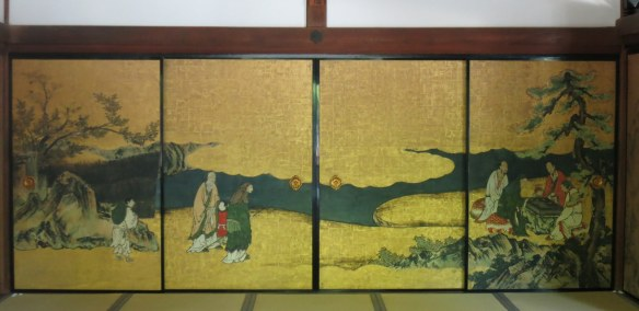 The rooms behind the rock garden were empty except for these beautifully painted screens
