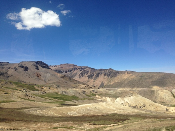 The road to Colca Canyon