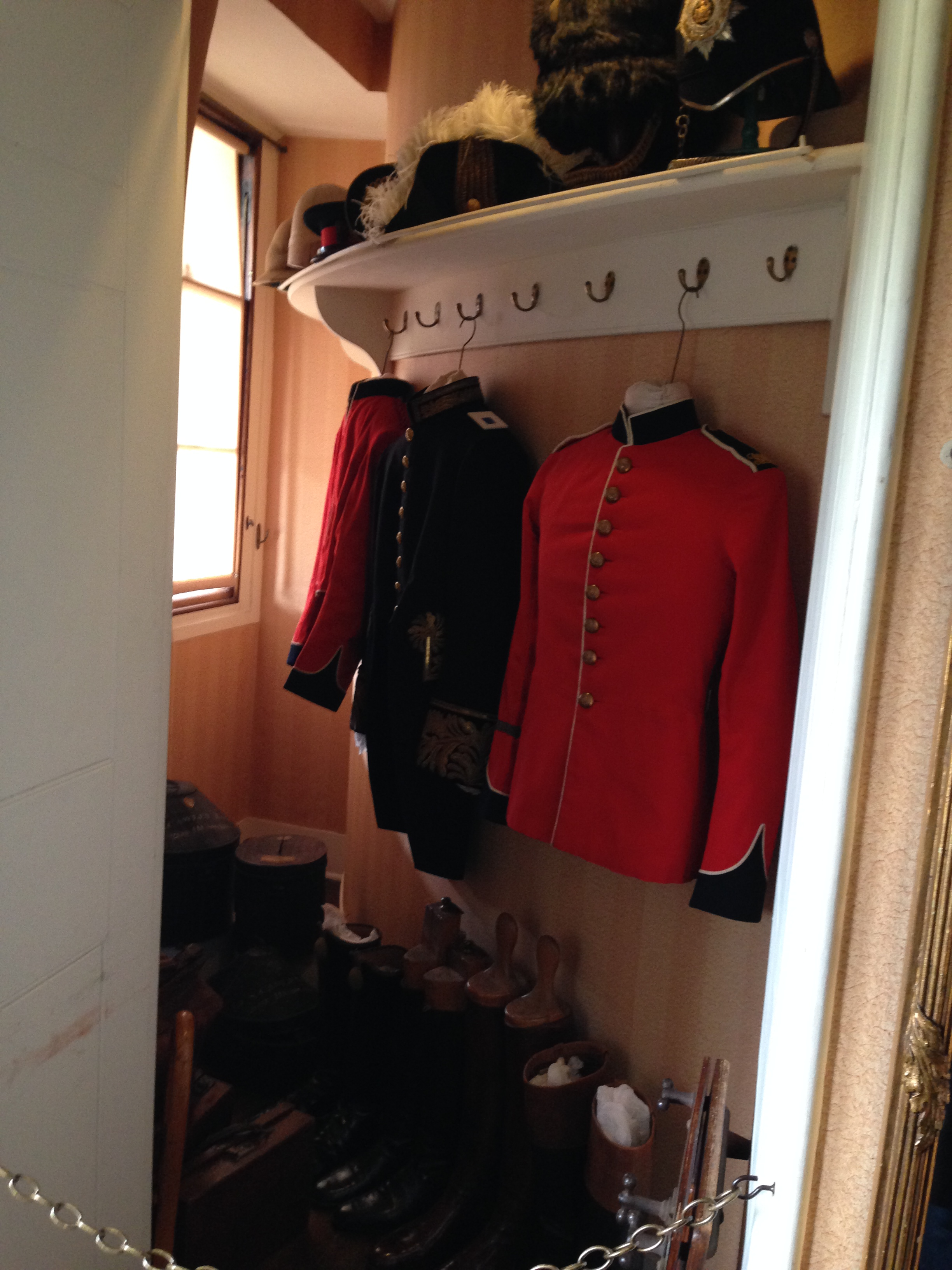 The oval room created some odd closet spaces in the other rooms