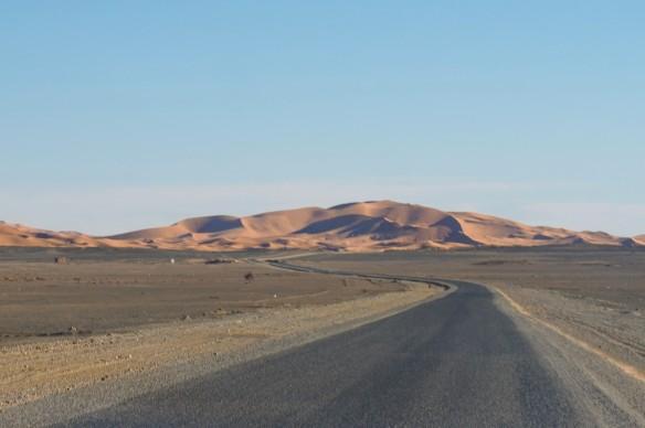 erg chebbi morocco road trip