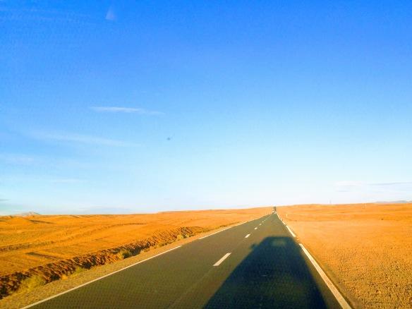 morocco road trip desert